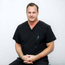 Dr. Eric Schuetz, DMD